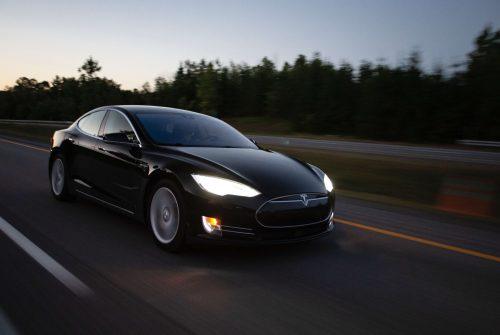 Tesla completamente autonoma