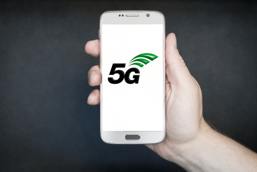 Smartphone and 5G